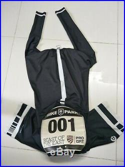 Nopinz TT Aero Speedwear in long sleeve cw Nopinz Pocket